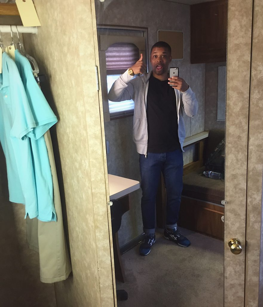 Bobby Cauley on set of American Crime Story